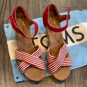 Toms Woman's Wedge Sandals